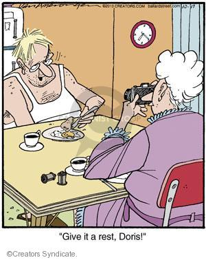 Cartoonist Jerry Van Amerongen  Ballard Street 2013-10-17 hobby