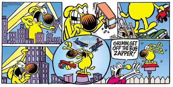 Comic Strip Mike Peters  Mother Goose and Grimm 2004-11-14 King Kong