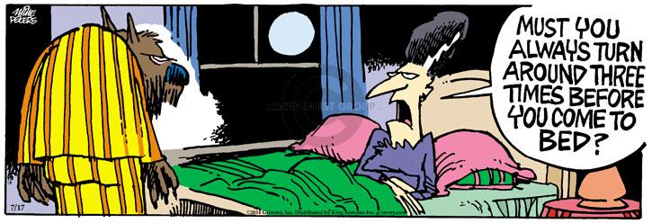 Comic Strip Mike Peters  Mother Goose and Grimm 2014-07-17 moon