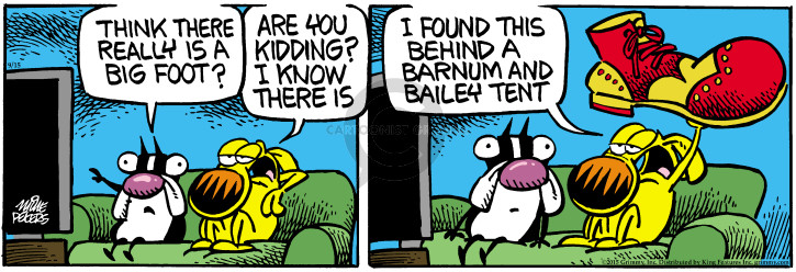 Comic Strip Mike Peters  Mother Goose and Grimm 2015-09-15 clown