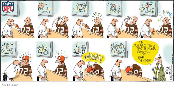 Comic Strip Mike Lester  Mike du Jour 2013-09-22 football pass