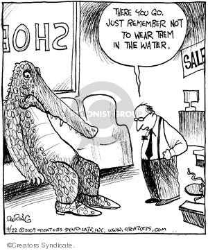 Comic Strip John Deering  Strange Brew 2009-04-22 habitat