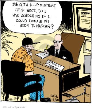 Comic Strip John Deering  Strange Brew 2016-05-20 mistrust