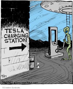Comic Strip John Deering  Strange Brew 2016-05-27 UFO