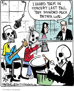 Comic Strip John Deering  Strange Brew 2017-08-15 fall